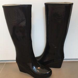 Hunter Black Wedge Rain Boots